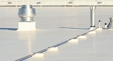 white tpo flat roofing